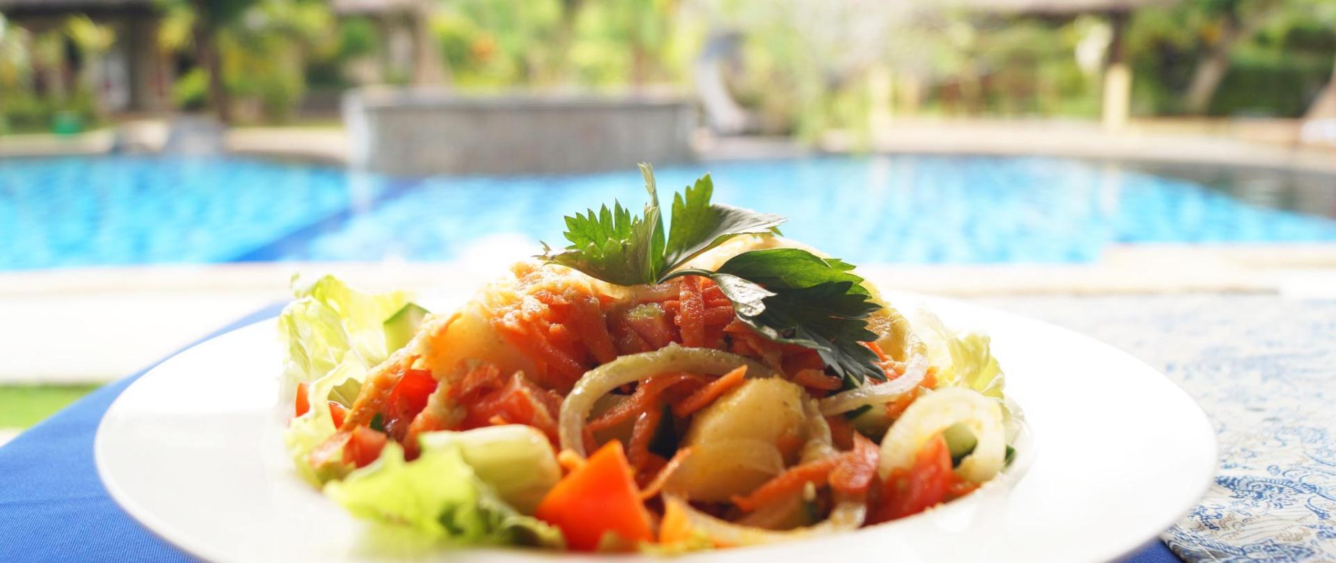 12 Salad Resto.jpg